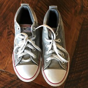 Boys converse high top shoes size 2